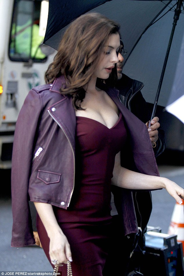 Kluger For Sale >> Anne Hathaway Purple Jacket from Oceans Eight - ProStar Jackets